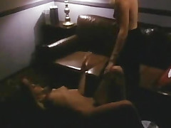 2 girls fuck in instigate of the meeting