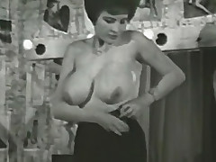 Bigtitted Mature bettor Follows A Undressing Directions