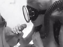 Vintage scuba shacking up