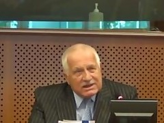 VГЎclav Klaus pounds EU socialists