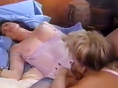 Woman tongue with regard to seepage vulva
