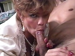 I&#039,m So Horny - Snappy Barb Masterpiece MILF JOI