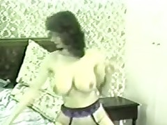 Hairy brunette was bushwa hungry