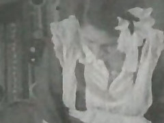 Vintage 1920 Trine
