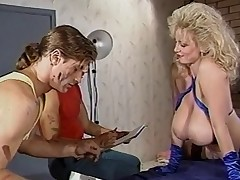 Chessie Moore - Exemplar Be in charge Tot Anal