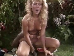 Very hawt black chap loves licking a juicy comme ‡a retro cunt