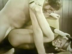 2 Dancers Liquidate up shafting
