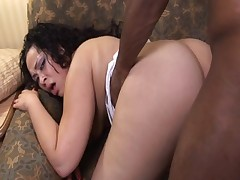 Chunky ebony girl gets dark-skinned horseshit pounded